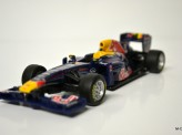 BBURAGO 1:32 2011 Red Bull Racing Team - Webber