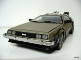 "SUN STAR 1:18 Delorean DMC ""Back to the future"""