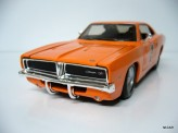 MAISTO 1:25 Dodge Charger R/T 1969